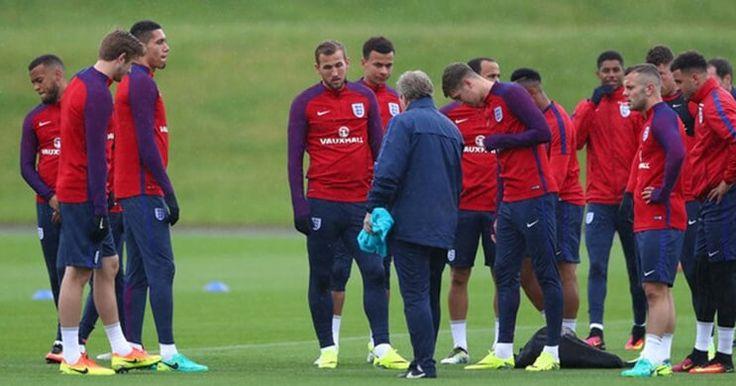 Berita Bola: Cole Prediksikan Inggris Cuma Sampai Perempatfinal Piala Eropa -  http://www.football5star.com/euro-2016/berita-bola-cole-prediksikan-inggris-cuma-sampai-perempatfinal-piala-eropa/72221/