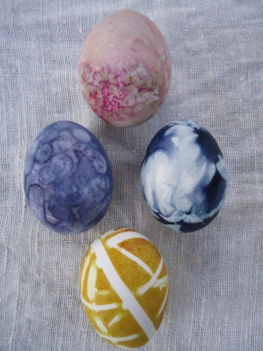 DIY Easter Eggs: 5 Natural Decorating Techniques | Apartment Therapy