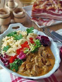 A magyar konyha ínyencségei közé tartoznak a tokányok, amik az én nagy kedvenceim. Egyszerű, házias ízű, tartalm...