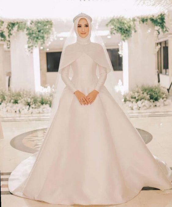 فساتين زفاف ستان للمحجبات من إنستقرام مجلة سيدتي هناك الكثير من الصبايا اللاتي يفضلن فساتين الزفاف Muslimah Wedding Dress Muslim Wedding Dresses Nikah Dress