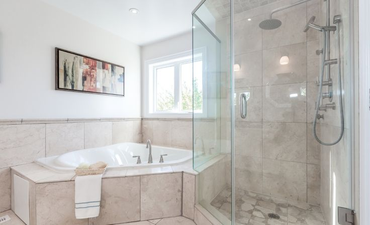 Master bathroom Marble and travertine tiles
