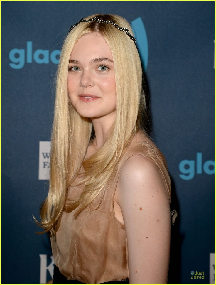 elle fanning awared photos | elle fanning glaad media awards 05 | Elle Fanning: GLAAD Media Awards ...