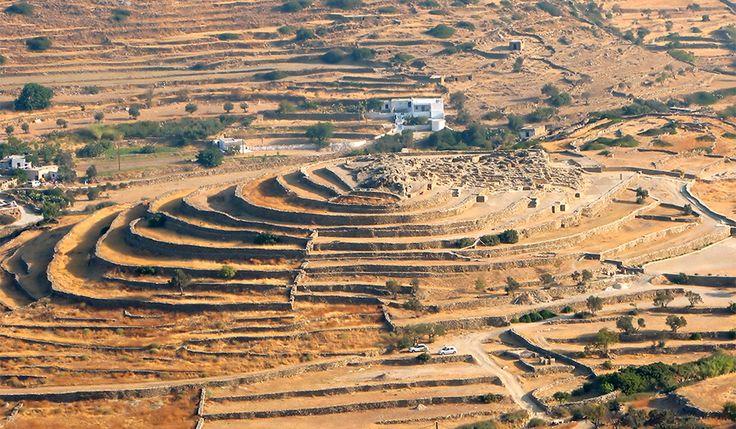 The Prehistoric site of Skarkos on the island of Ios   Free Beach Bar