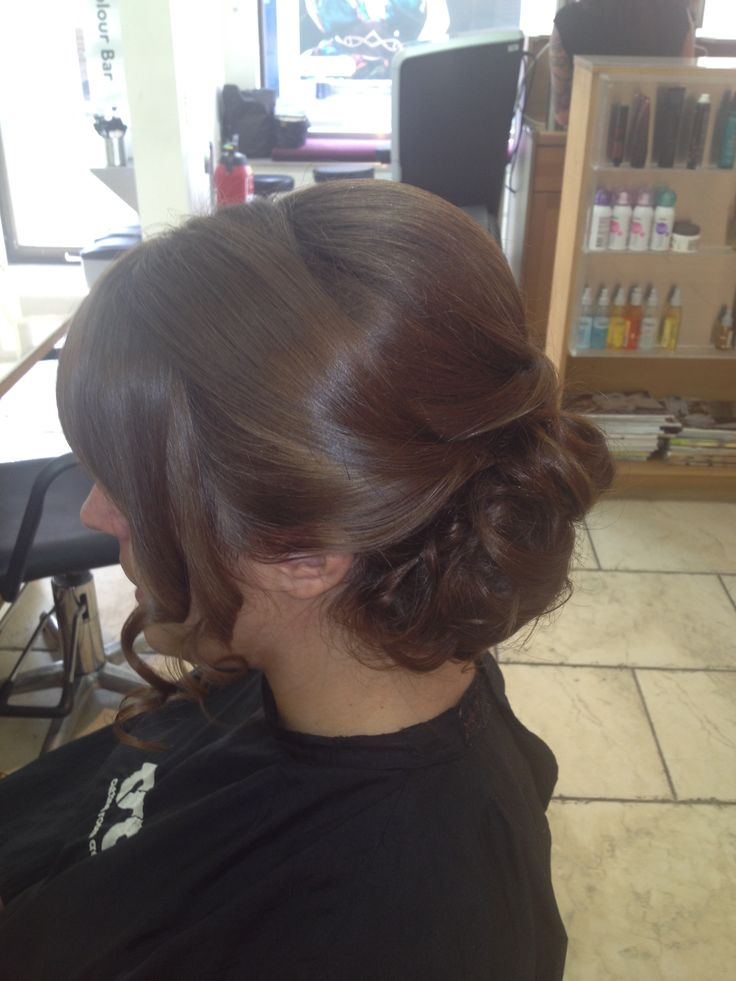 Bridesmaids hairup