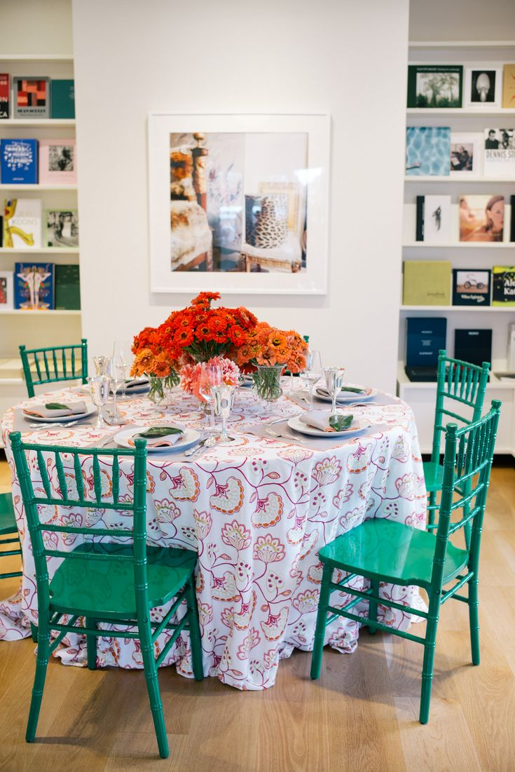 The Best Table Setting with color