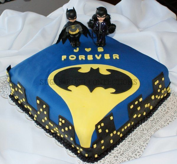 Small sweet Batman Forever Groom's Cake