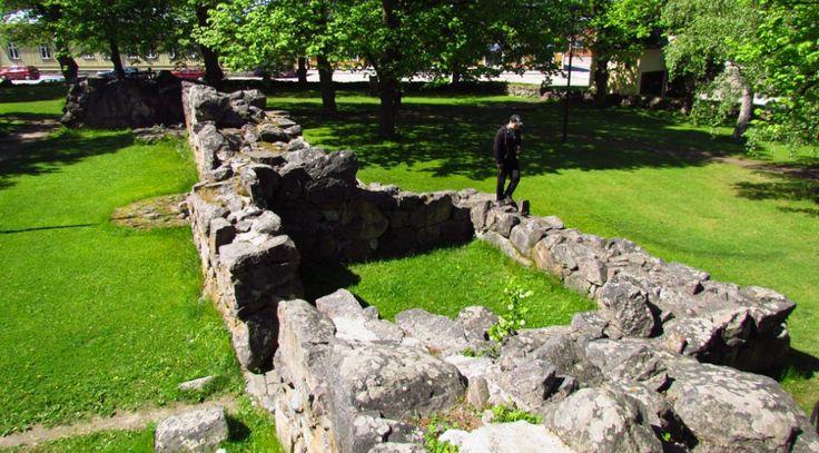 Pyhän Kolminaisuuden kirkon rauniot, Rauma