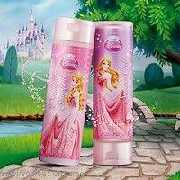 Kolekce péče o tělo pro děti  Nová řada inspirovaná Disneyho pohádkou o princezně Auroře obsahuje šampón pro snadné rozčesávání vlásků a sprchový gel s jemnou vůní růží.  www.orif24.cz