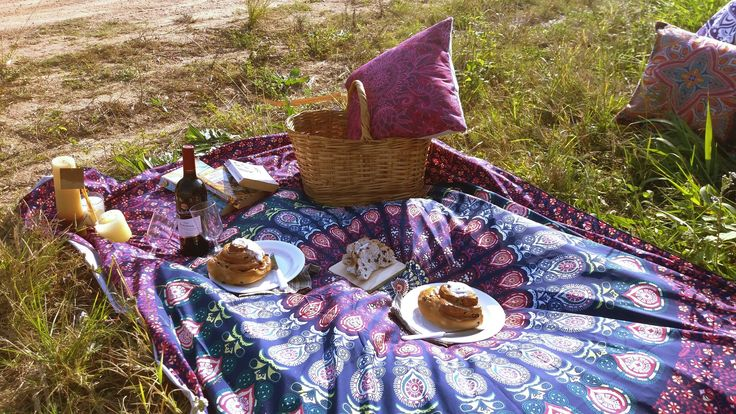 Nothing is better than a picnic <3   #Free2BMe  #Boho  #Freeexpression  #Mandala  #Throws #Bohoinspiration  #Bohovibe  #Bohostyle  #lifestyle #Decor  #tapestry    #wintervibes  #Winetime  #picnics  #Summer  #Beach  #winter
