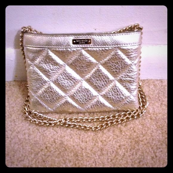 Kate Spade Silver Shoulder Bag Quilted leather with silver chain strap. Side bag kate spade Bags Shoulder Bags
