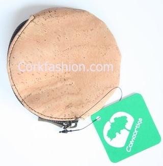 Round purse (model CC-1225) - Eco-friendly - made of real cork. From www.corkfashion.com