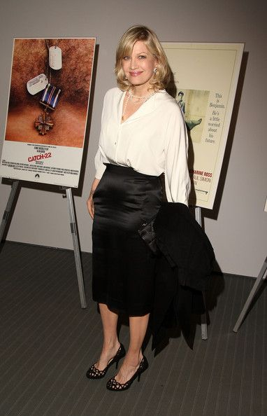Diane Sawyer Button Down Shirt - Diane Sawyer chose a classic and elegant pairing, consisting of a silky white button-down and a black pencil skirt, for MoMA's Mike Nichols Retrospective.
