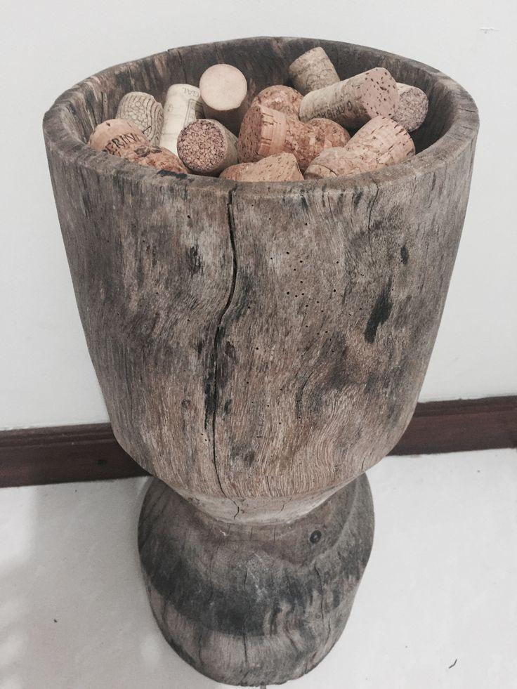 Criando com artefatos antigos e rolhas dos melhores champanhe!