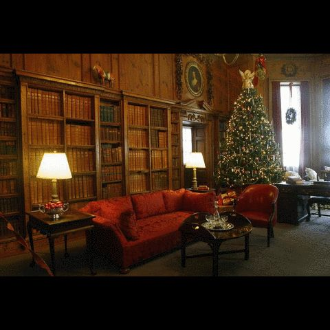Decorating At Museum Houses Means Lots Of Glam But Absolutely No Glitter The Boston GlobeReal