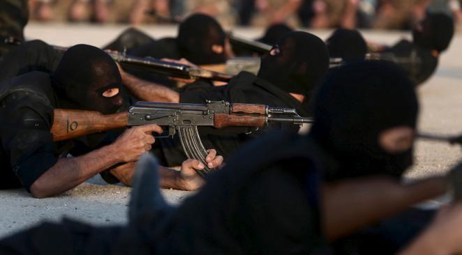 """Des opposants à Bachar El-Assad combattants de la liberté… ? Un rapport d'Amnesty international fait voler en éclat nos mythes sur les """"gentils"""" rebelles syriens soutenus par les Occidentaux"""