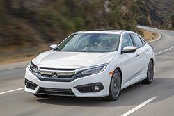 2016 Honda Civic nails Car of the Year honors #civic