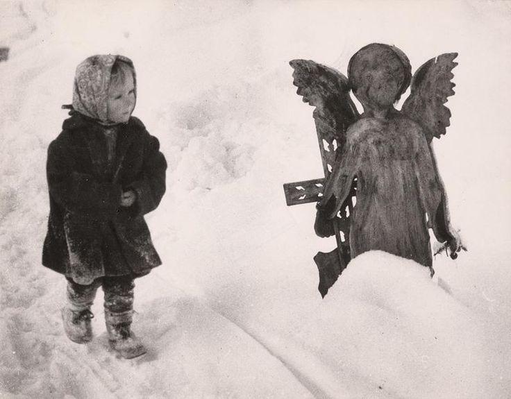 Martin Martinček – Dievčatko s anjelom, 1963-64