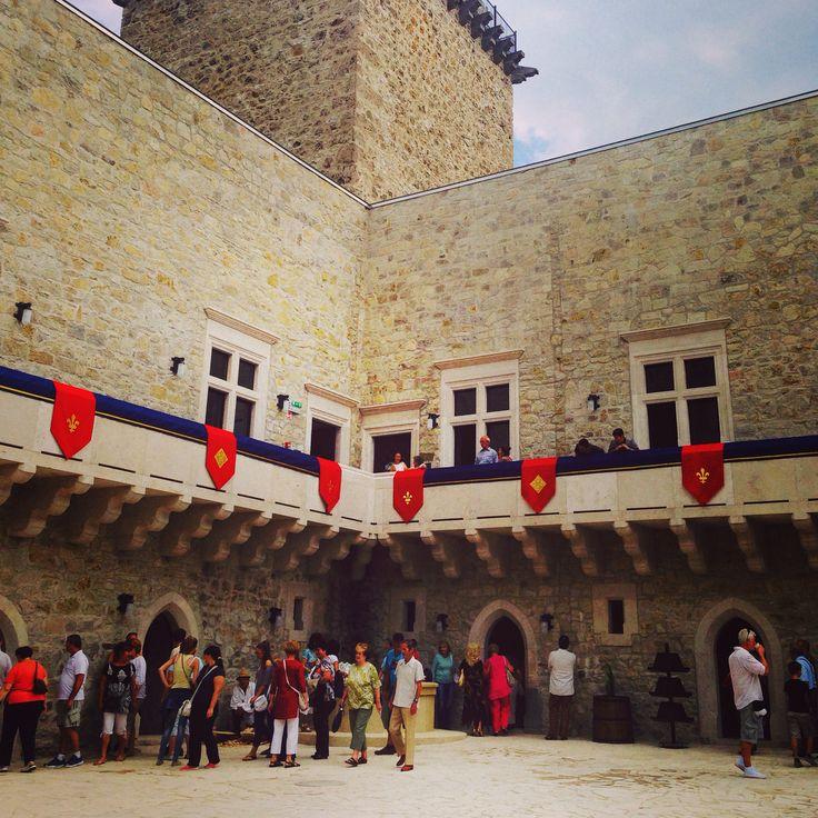 Diósgyőr. A felújított vár