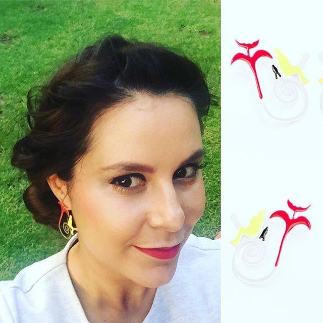 #battissgirls wearing spiral earrings of Nanette Veldsman for The Walter Battiss Collection @bynanette @walter_battiss_company #beautifulgirl #walterbattiss #earrings #jewelrydesign #jewellerydesigner #jewelry #red #yellow #tinyman #fun #somethingdifferent