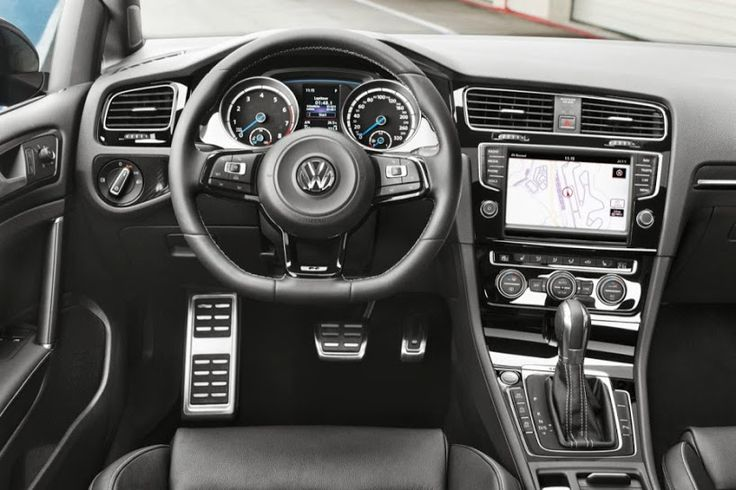 2014 Volkswagen Golf R  Ahhh a beautiful interior!!