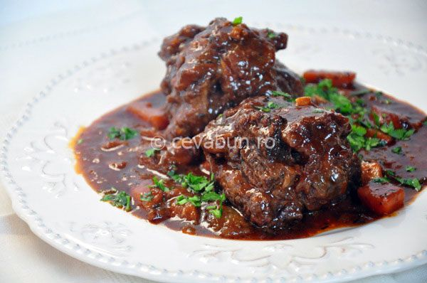 Spanish oxtail stew - Saw this recipe and it reminded me of the oxtail stew my mom used to make while I was growing up.