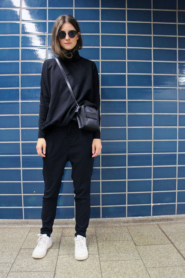www.tinestrange.dk Cos turtleneck, stella nova pants, maanii bag, cheap monday sunnies: