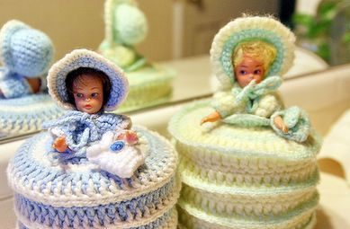 crochet dolly toilet paper covers - Grandma had these...