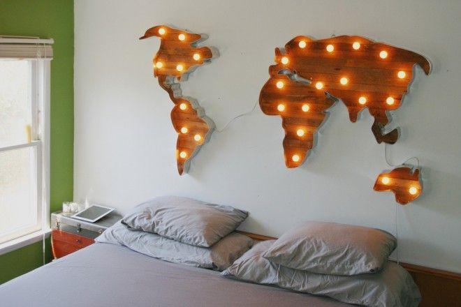 Светильник ручной работы от дизайнера Скотта Копперсмита — это рамка из алюминия в форме карты мира, дерево и свет. Креативная подсветка отлично впишется в дизайнлюбой комнаты, а качественныхламп хватит на 8000часов работы.