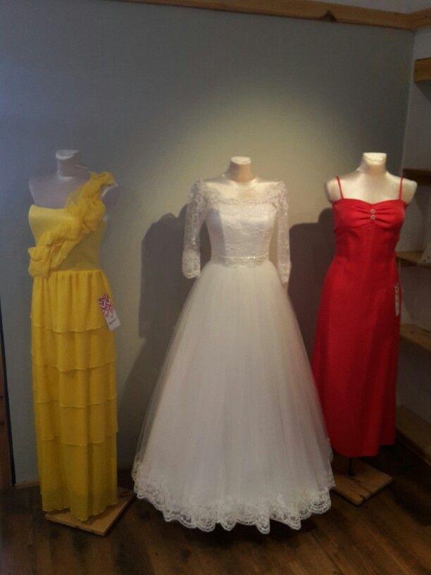 Wedding dress by alicelovesky.com