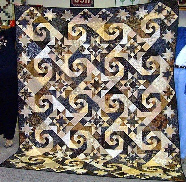 De plannen liggen er, het patroon voor de nieuwe quilt voor Rodney is vastgesteld.   Samen zijn we aan het uitzoeken geweest en de keus is ...