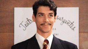 """Oscar Jaenada interpreta a Mario Moreno en el filme """"Cantinflas"""".   La película """"Cantinflas"""", dirigida por Sebastián del Amo y protagonizada por el actor Oscar Jaenada, recaudó un total de 13 millones 210 mil 880 pesos durante su preestreno"""