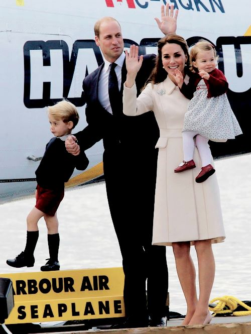 "flawlesscatherine: "" The Cambridges wave as they leave from Victoria Harbour to board a sea-plane in Victoria, Canada. 
