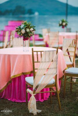 Sundowner decor with peach drapes