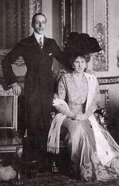 Roi Alphonse XIII et reine Victoria Eugénie d'Espagne