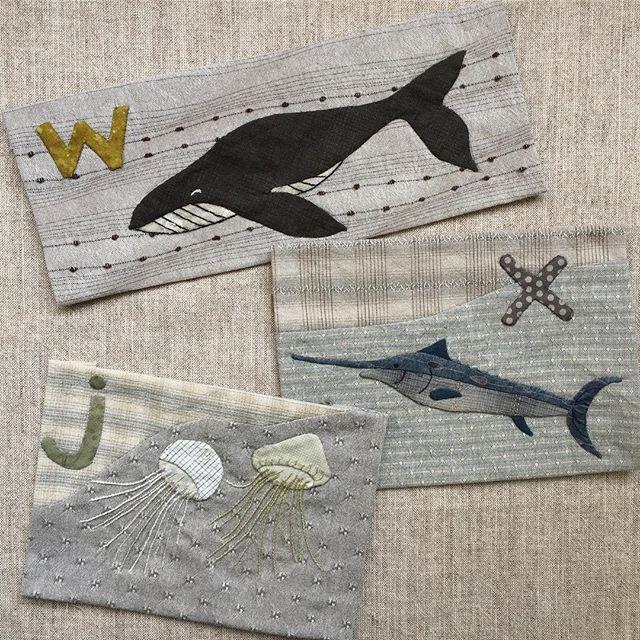 "Quilt Pattern of August ""Whale, Xiphias gladius, Jellyfish"" yoko saito's monthly quilt. (without recipes and patterns). please check our website!    マンスリーキルト 2017年8月号のパターン 「くじら、めかじき、くらげ」が販売中です☝️  (作り方なし。すてきにハンドメイドをご覧ください)  是非是非webshopでチェックしてくださいね!    #yokosaito #斉藤謠子 #quiltparty #キルトパーティ  #quilt #patchwork #キルト #パッチワーク #fabrics #生地 #すてきにハンドメイド #くじら #めかじき #くらけ #クジラ #メカジキ #クラゲ #鯨 #マンスリーキルト #monthlyquilt #whale #xiphiasgladius #Jellyfish"
