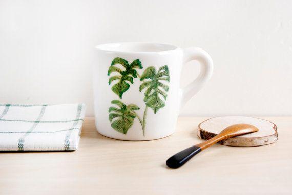 Tropical leaves mug Monstera pottery mug Ceramic mug par noemarin