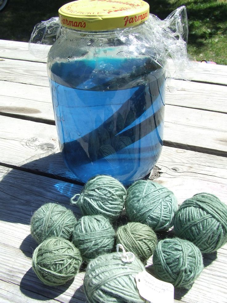 Coppermordant usin old pennies - info on alternatives to chemical mordants when using plant dyes to naturally dye wool ... be careful with this one