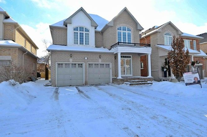 71 Timber Valley Avenue, Richmond Hill, Ontario