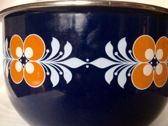 60s swedish Vintage enamel serving bowl scandinavian pattern blue with  flower. Nils Johan