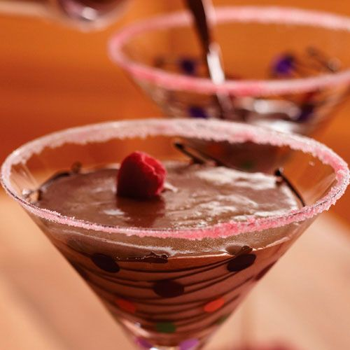 Chocolate-Raspberry Martinis - The Pampered Chef®Check out this amazing drink and more!  www.pamperedchef.biz/holub