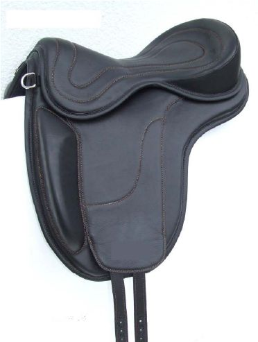 """FREEFORM ICELANDIC First step """"all purpose"""" saddle , propaedeutic for Icelandic and Dressage competitions. Ref. Code : FRE B ICE = saddle base FREST2 = Classic shaved seat."""