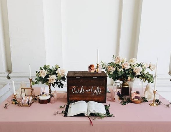 Neon Signs Tropical Themes 7 Reception Table Ideas We Love From Singapore Wedding Stylists Her World Singapore In 2020 Wedding Entrance Table Card Table Wedding Gift Table Wedding
