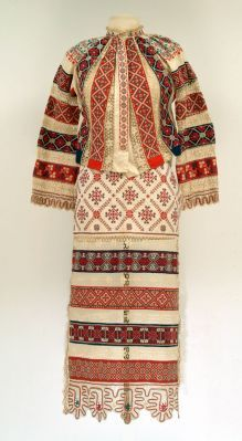 Russian Peasant Blouse and Apron