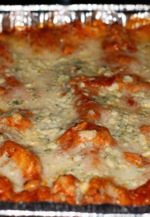 Buffalo Chicken Lasagna Recipe - #freezer #recipes
