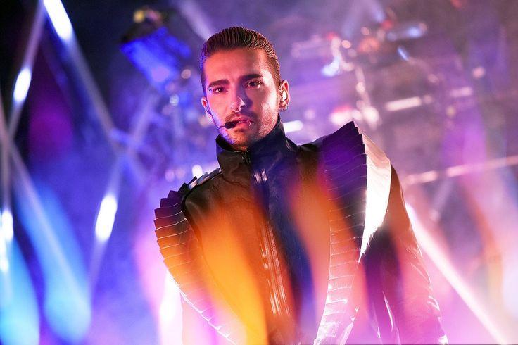 26 апреля в Москве состоялся концерт группы Tokio Hotel!    Триумфальное возвращение немецкого бойз-бенда после нескольких лет молчания. Новый звук и новый формат! Пропустила? У нас есть чем порадовать!     Но сначала давай вспомним, как изменялась группа — от дебютного сингла Durch den Monsun до нового альбома Dream Machine!    Все подробности и фотоотчет с концерта на: