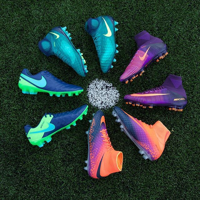 Time to standout under the lights with the new @Nikefootball floodlight's pack, make sure they see you  Which is boot are you feeling ? Let us know below
