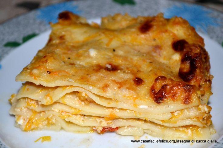 Lasagna con zucca gialla. on http://casafacilefelice.org