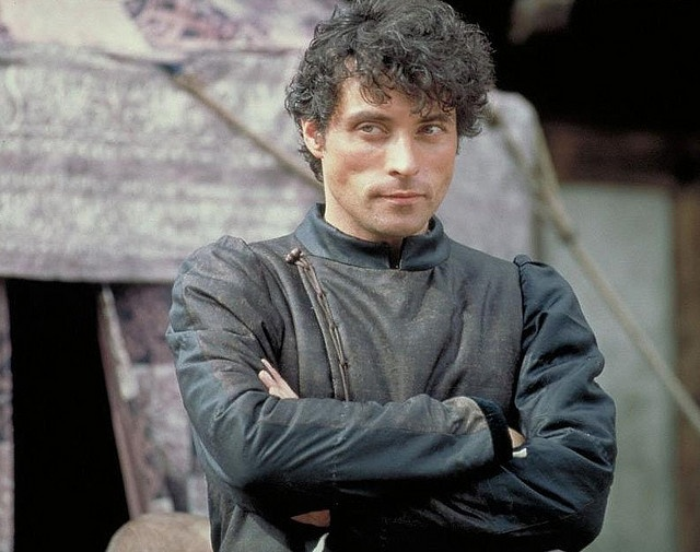 Dang I love this guy! Even when he plays a nasty piece of work lol Rufus Sewell in A Knights Tale
