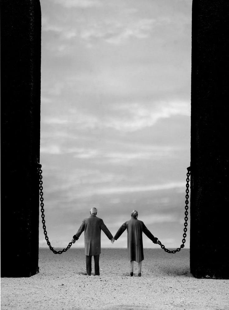 reinopin: Wedlock, 2009, Edition of 12 © Gilbert Garcin