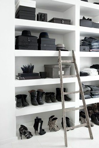 Your wardrobe doesn't have to be messy - keep it neat and decorative instead #wardrobe #inspiration
